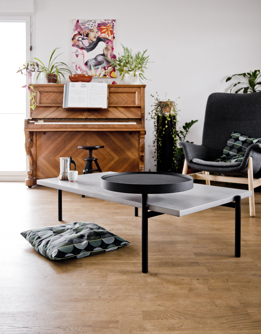 concrete and steel coffee table with a rotative tray twist